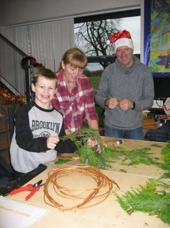 Wreath making Winter Fest 2018